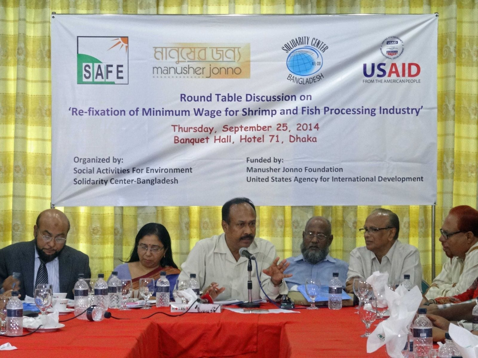 Bangladesh: Workers Need a Raise in Fish Processing Industry