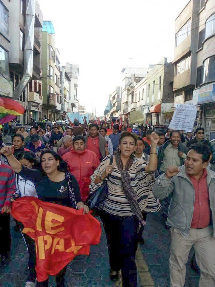 Ecuador 20,000-strong rally for civil rights and worker rights