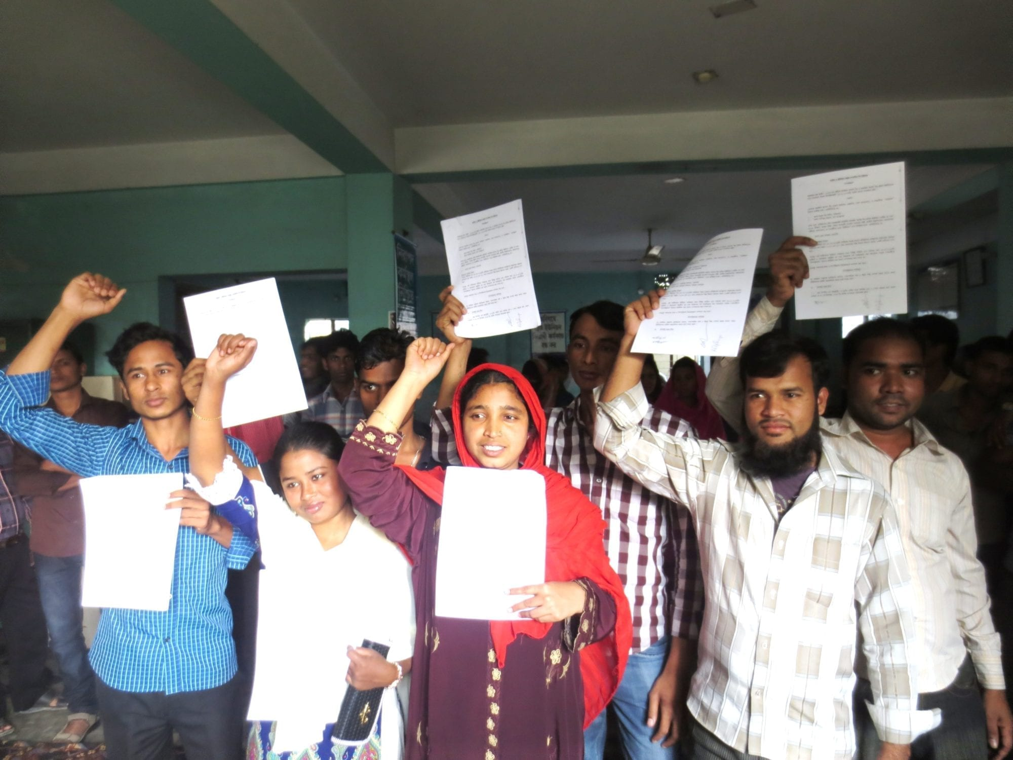 Bangladesh Garment Workers Win Bargaining Pacts at 5 Factories