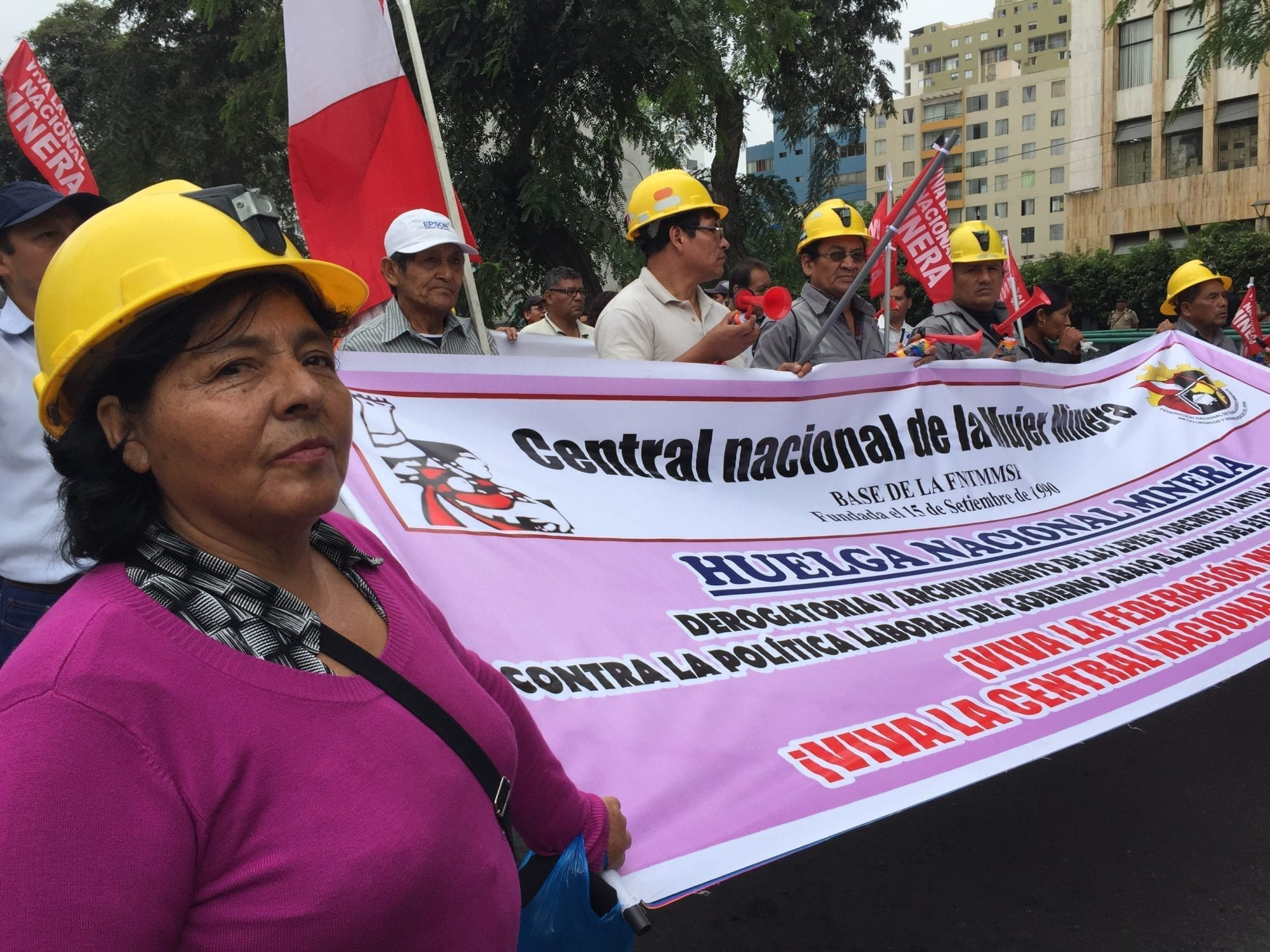 Striking Peru Mineworkers Demand Decent Work