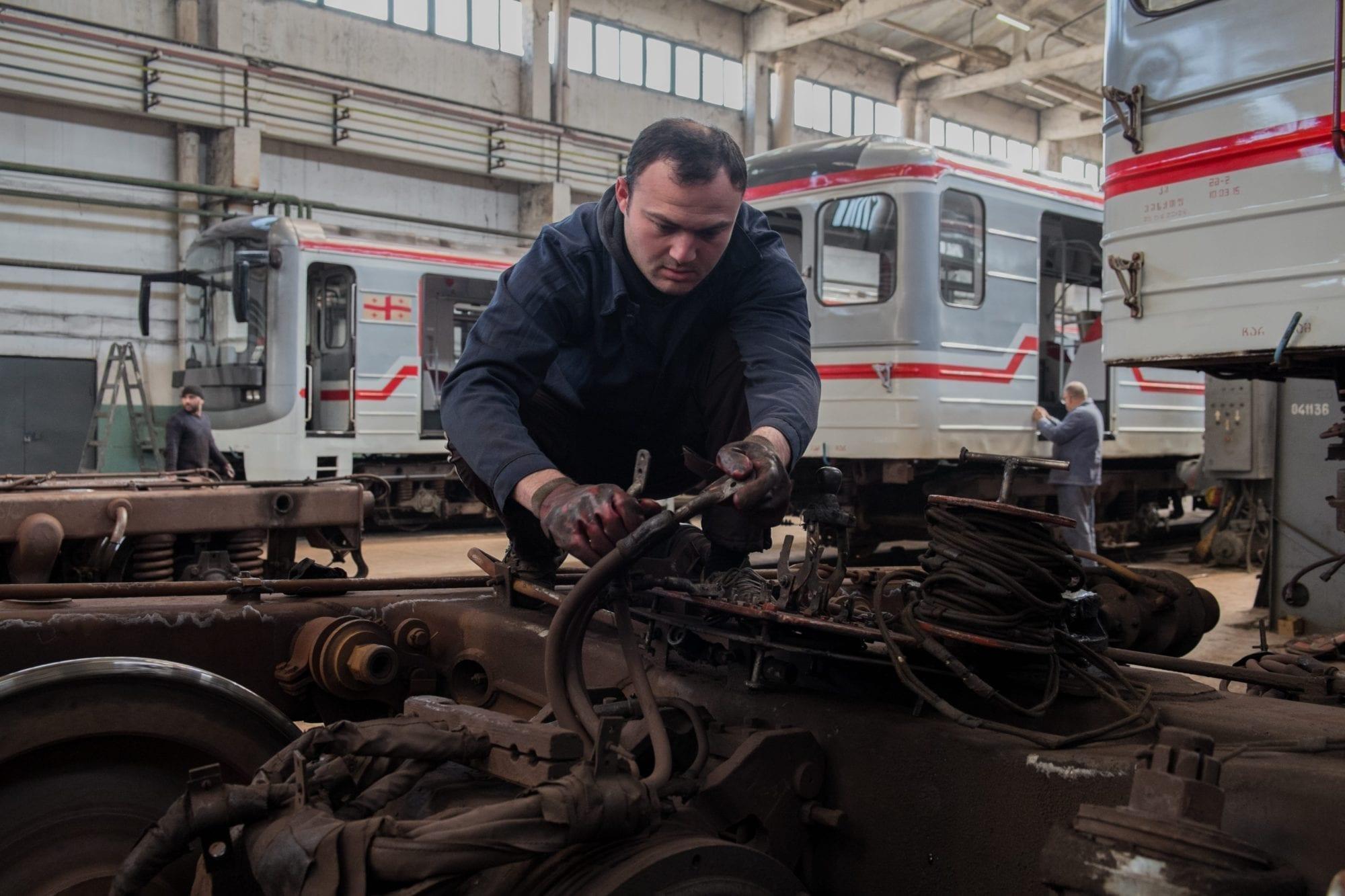 metro engineer worker