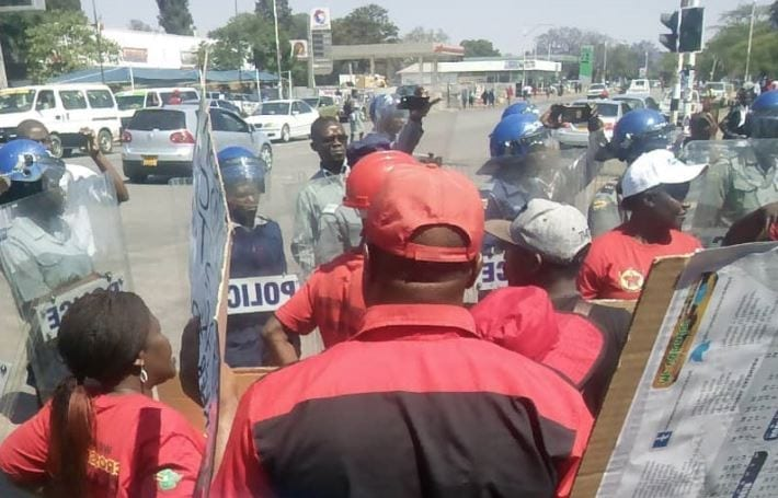 Zimbabwe: Beaten, Arrested Union Leaders Released